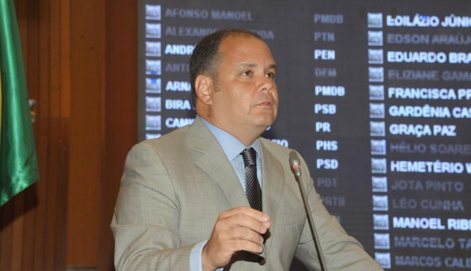 Fâmulo de berço do clã Sarney será líder do governo Flávio Dino na Assembleia