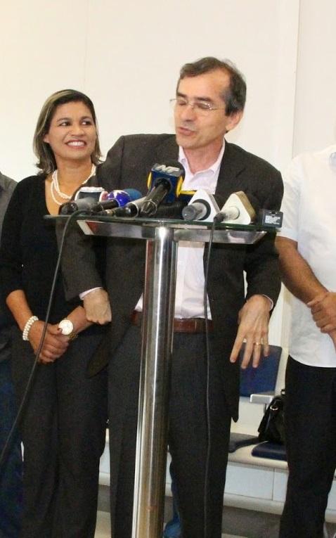 A odontóloga Rosângela Curado e o médico Marcos Pacheco; ela já conhece a Bem Viver, ele quer conhecer também o ICN