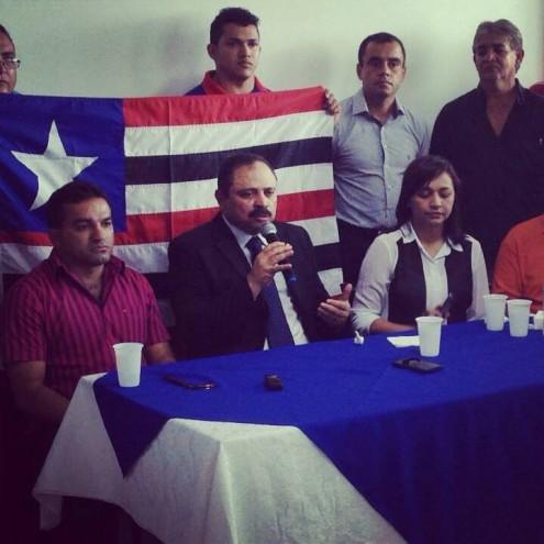 Gama foi ao aeroporto receber o aliado - e investigado - durante sua primeira visita ao Maranhão, após ser eleito para a vice-Presidência da Câmara