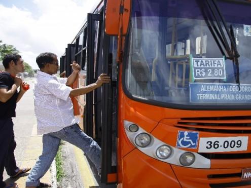 Entendimento do MP é de que não há qualidade no transporte público que justifique cobrar mais caro pelo serviço