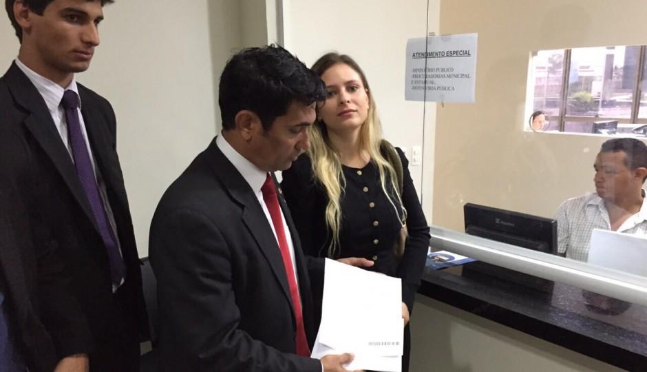 Wellington do Curso entra na Justiça contra aumento da tarifa de ônibus em São Luís