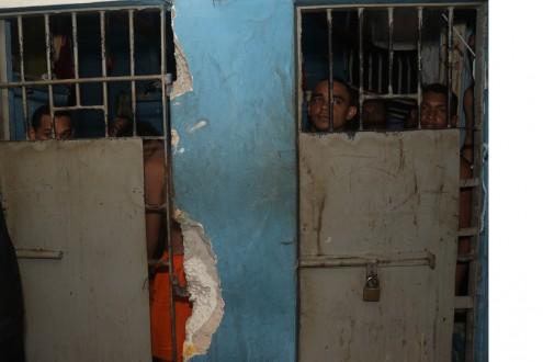 Situação das celas do Complexo Penitenciário de Pedrinhas mostra porque presos fogem com facilidade