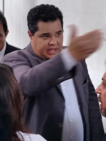 Importado de Minas, Murilo Andrade quer administrar Pedrinhas assim, na calada