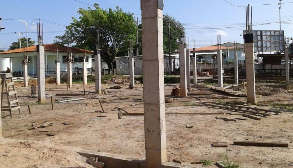 Edivaldo Júnior volta a paralisar obras de reforma no Hospital da Criança