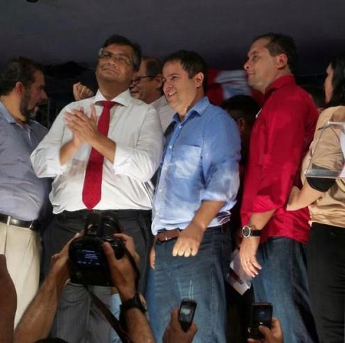 Convidado de honra, governador do Maranhão é um dos que aprova a oficialização da oligarquia partidária na Prefeitura de São Luís