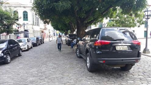 Centro Histórico de São Luís, tombado como Patrinômio Mundial pela Unesco, virou estacionamento de carros de peixões da PM-MA