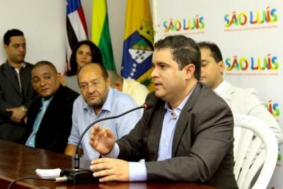 Edivaldo Holanda Júnior empossa Olímpio Araújo na Prefeitura de São Luís