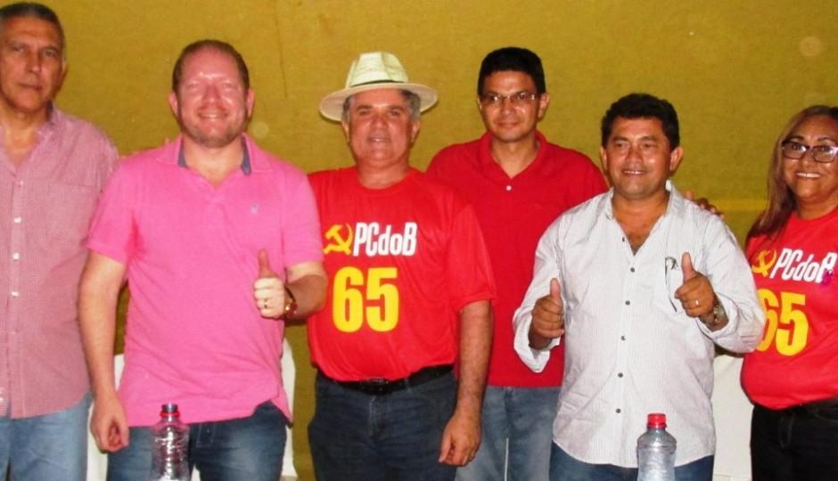 Othelino Neto toma lideranças de Fábio Braga em Vargem Grande