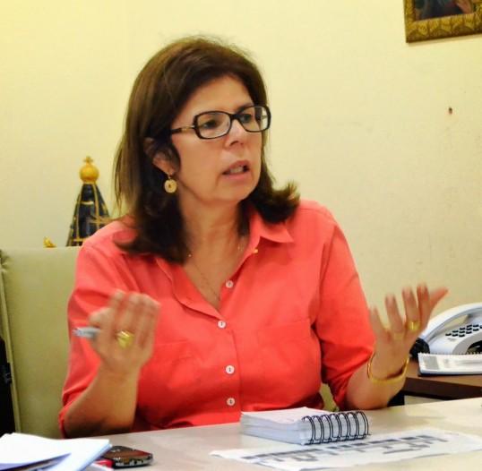 A secretária de Saúde de São Luís e então responsável pelos contratos milionários com o ICN, Helena Duailibe