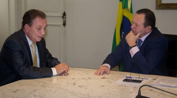 Luis Fernando e Carlos Brandão dialogam sobre obras do Governo do Estado que estão em andamento em São José de Ribamar