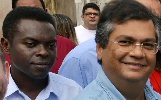 Ao fundo, o ex-secretário Batista Matos, que é do PCdoB e também processou o editor do Atual7 por repercutir denúncia do poeta Cunha Santos