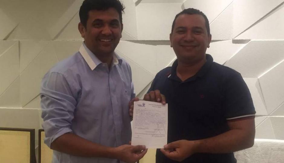 Paço: Neto Cruz filia-se ao PP e confirma pré-candidatura a vereador