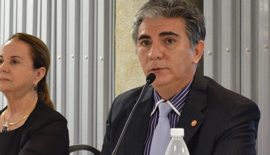 """""""Acredito que ele vá decidir pelo mais votado"""", diz Augusto Cutrim"""