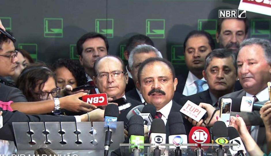 Waldir Maranhão articula permanência na Presidência da Câmara