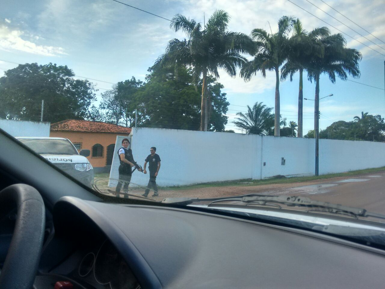 policia-casa-domingos-curio-turilandia-2