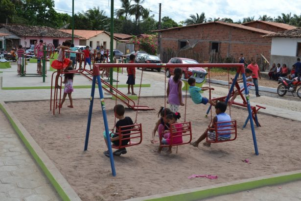 Uma das praças inauguradas por Iracema Vale durante a programação dos 87 anos de emancipação política de Urbano Santos