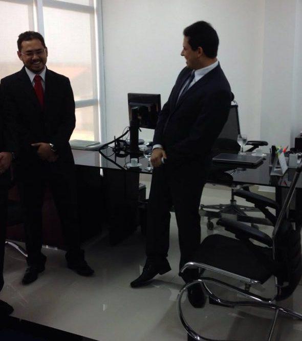 O procurador Vanderley Ramos dos Santos, que assina a manifestação, ao lado do chefe da PGE no governo Flávio Dino, Rodrigo Maia