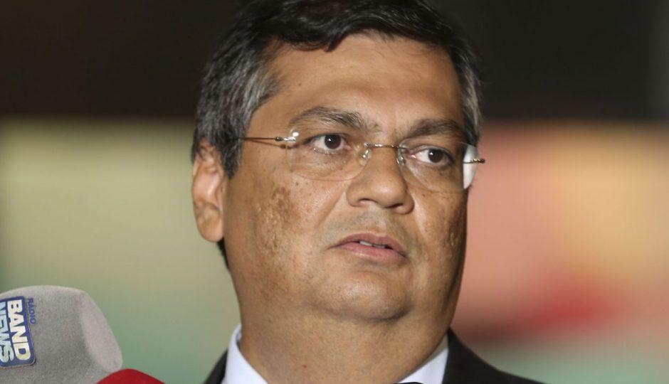 Governo Flávio Dino institui multa a empresários; Adriano Sarney vota contra