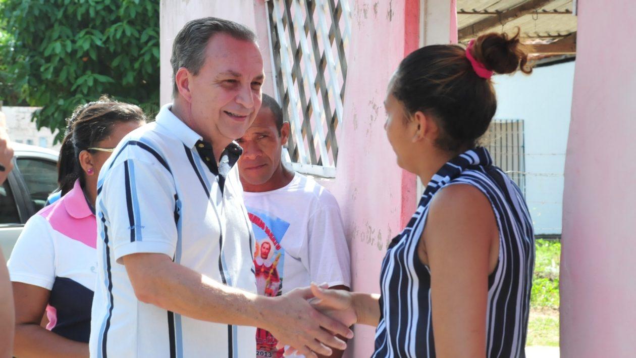 Luis Fernando sendo recebido pelos ribamarenses