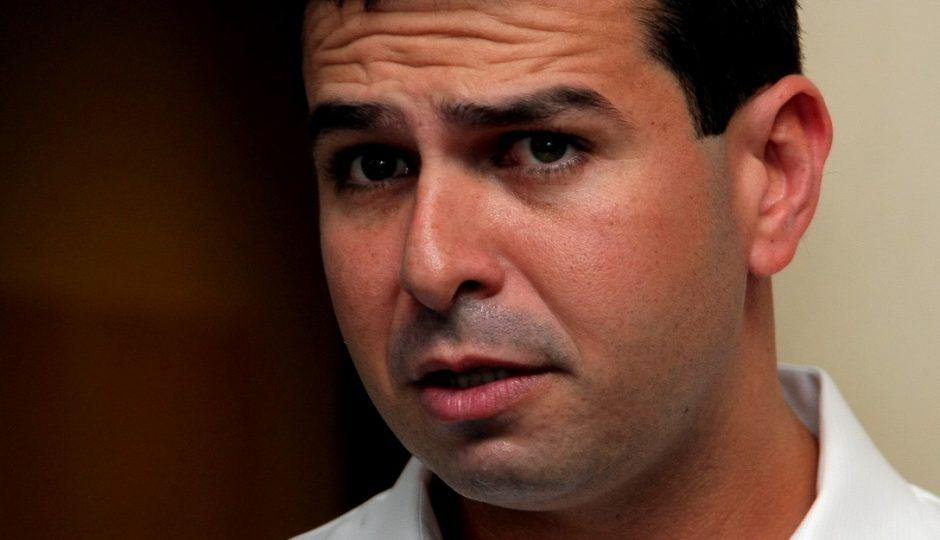 Gil Cutrim manobra pela liberação de quase R$ 9 milhões em período vedado