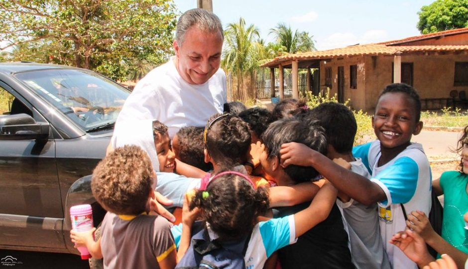 Luis Fernando percorre todos os bairros de Ribamar para agradecer pela vitória