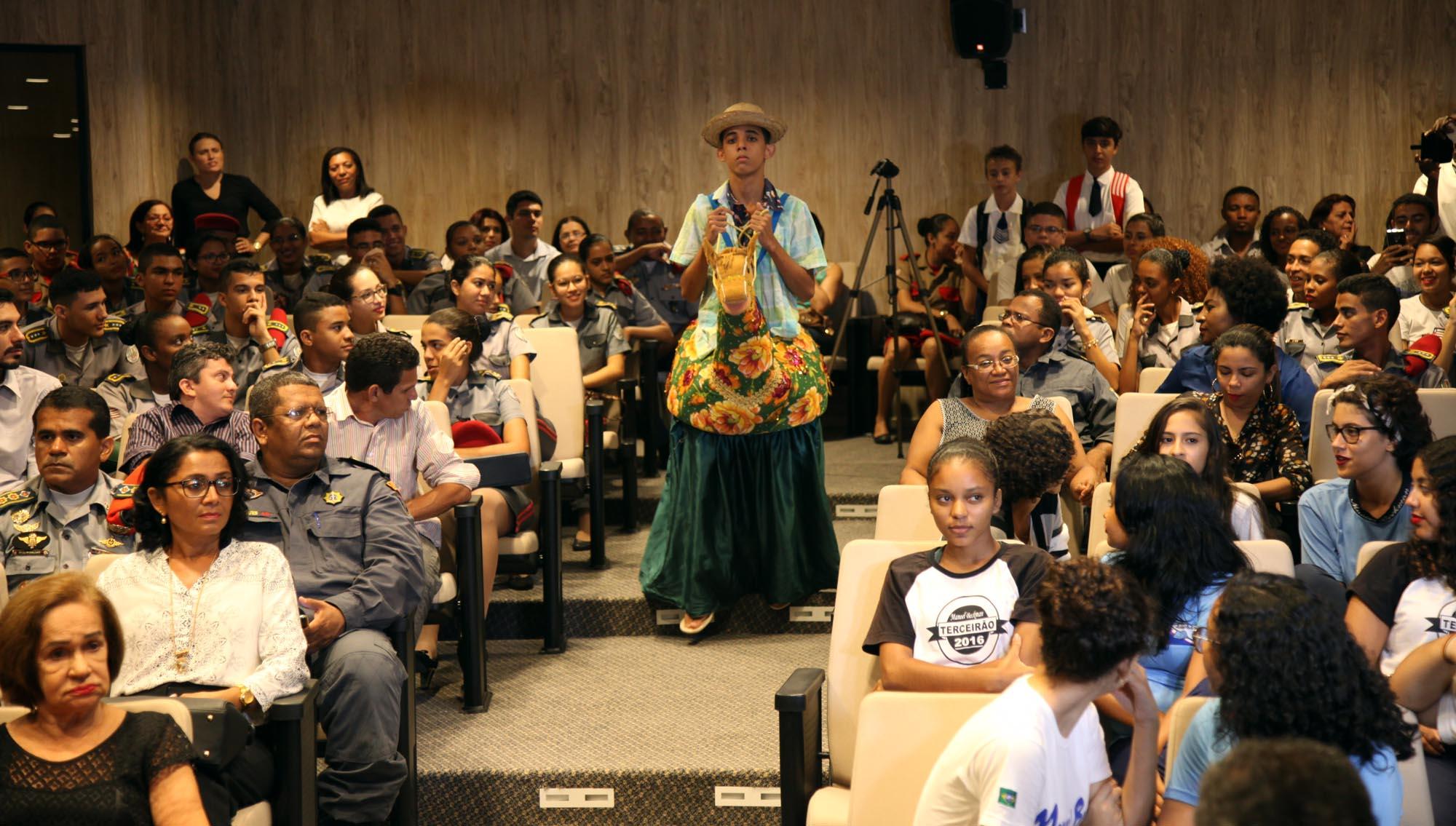 Foto Handson Chagas - governo premia escolas públicas (8)