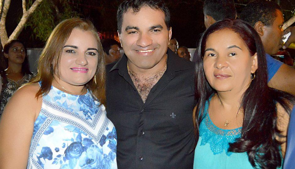 """Zé Doca: """"acordaço"""" aumenta salários de prefeita eleita, vice, vereadores e secretários"""