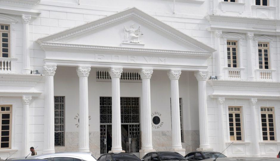 Ex-prefeito é condenado a devolver R$ 7,8 milhões 10 anos depois de desvios