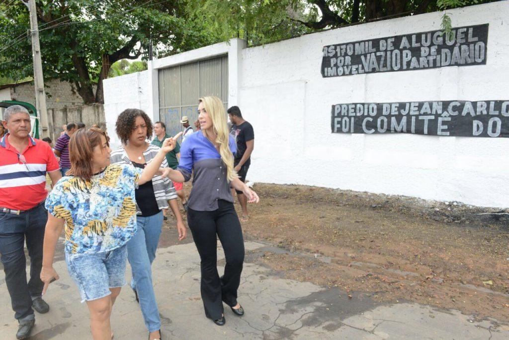 Polícia Militar foi deslocada para a entrada da unidade da Funac na Aurora apenas após a chegada de Andrea Murad. Uso dos militares também foi ilegal