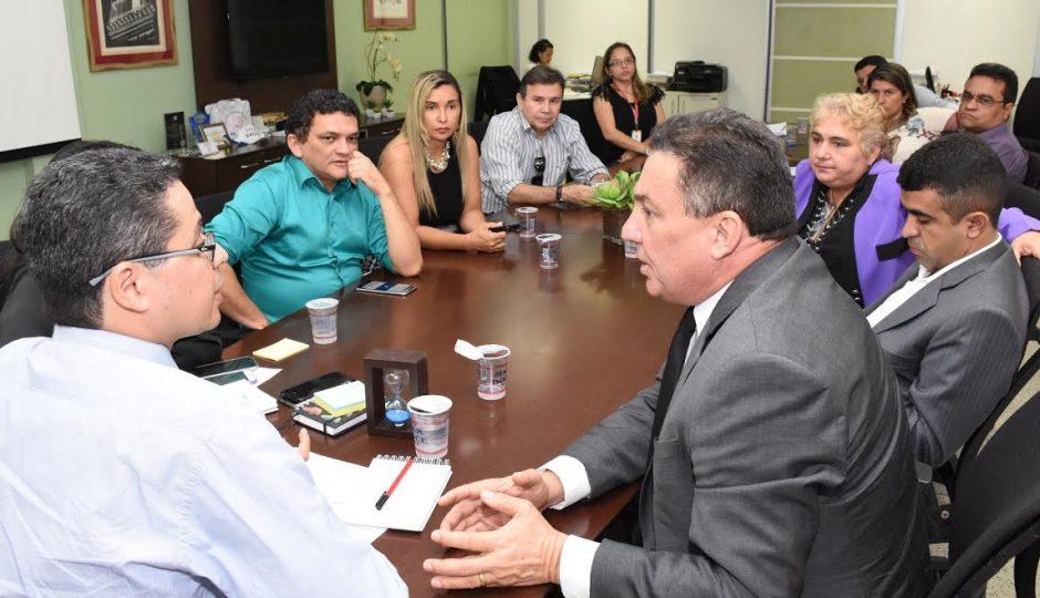 Tema reúne prefeitos do Conguarás e discute ações no setor da saúde
