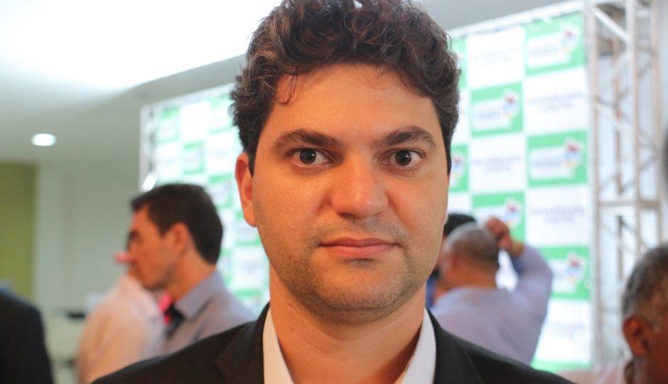 Nagib é denunciado por dificultar acesso de empresas às licitações