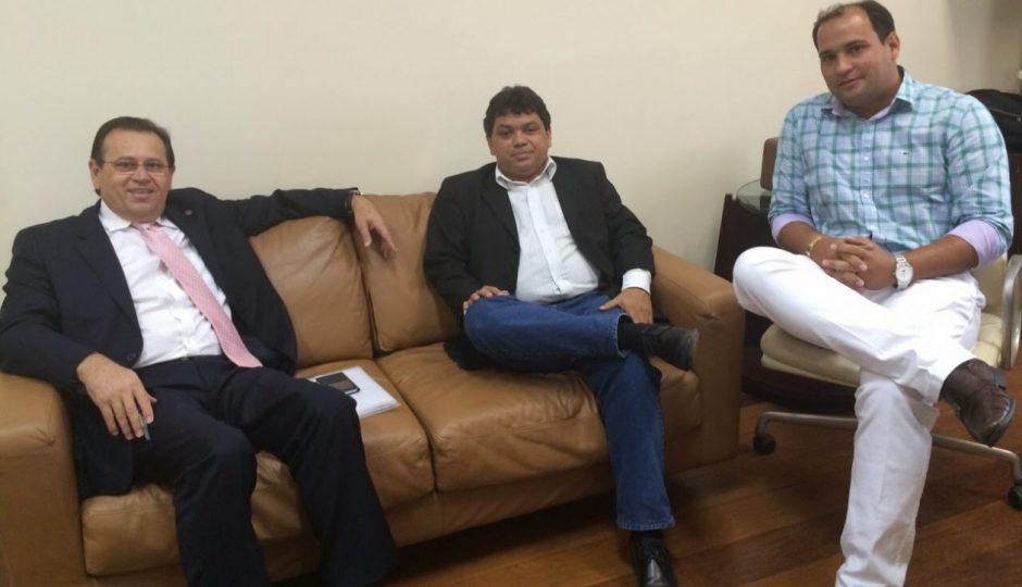 Presidente do Conlagos entre os beneficiados com repasse irregular pelo Palácio