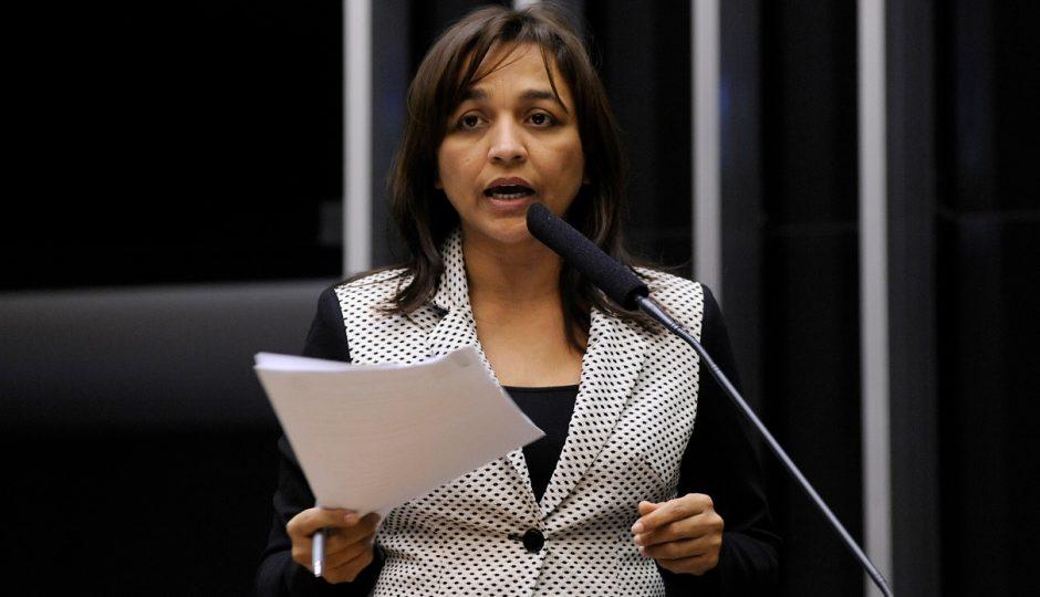 Comissão aprova projeto de Eliziane que contribuirá com transporte escolar