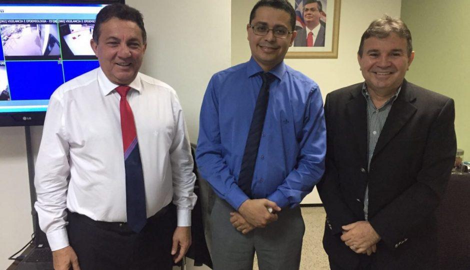 Cleomar Tema discute pleitos dos municípios na área da saúde