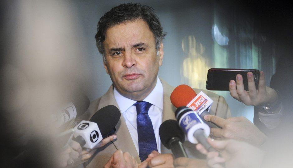 PGR pede prisão de Aécio Neves e STF afasta senador