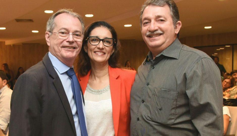 Levi Pontes emplaca a mulher na gestão de Magno Bacelar