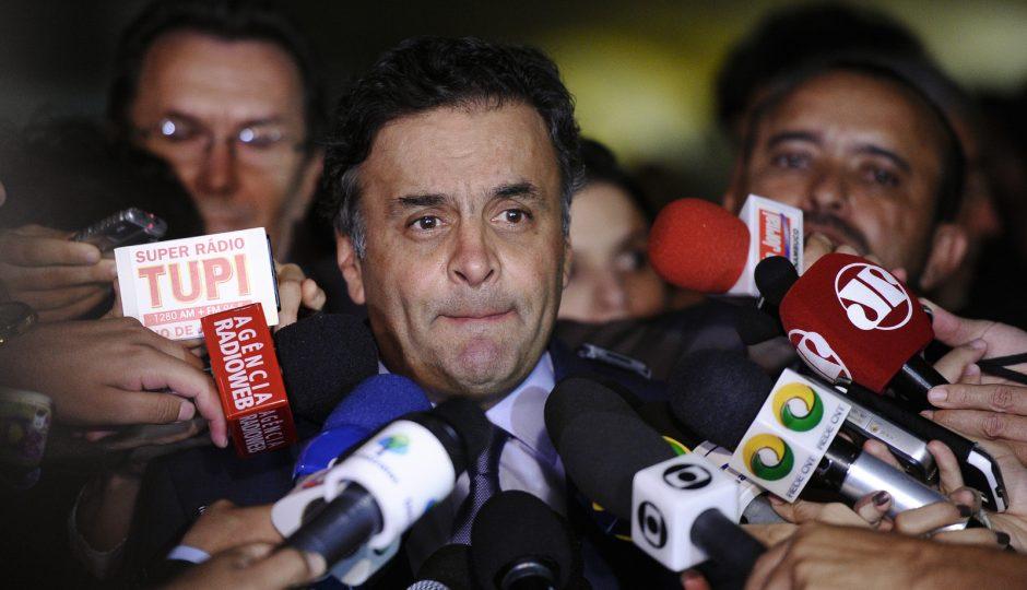 Ministro derruba afastamento de Aécio e nega pedido de prisão