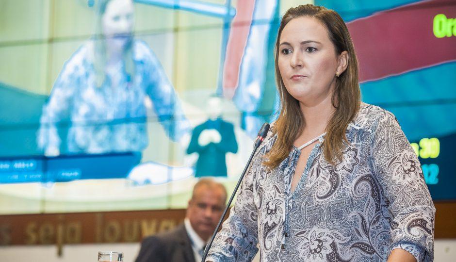 Nina Melo coloca gestão de Felipe Camarão em dúvida