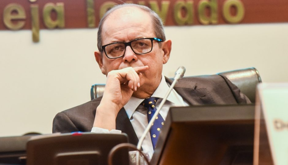 Humberto Coutinho é beneficiado em processo por prescrição pela idade